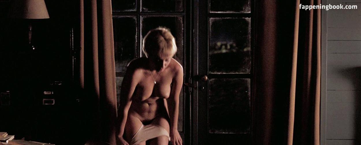 Oberman  nackt Claire Alexia Barlier