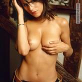 Libby Hall  nackt