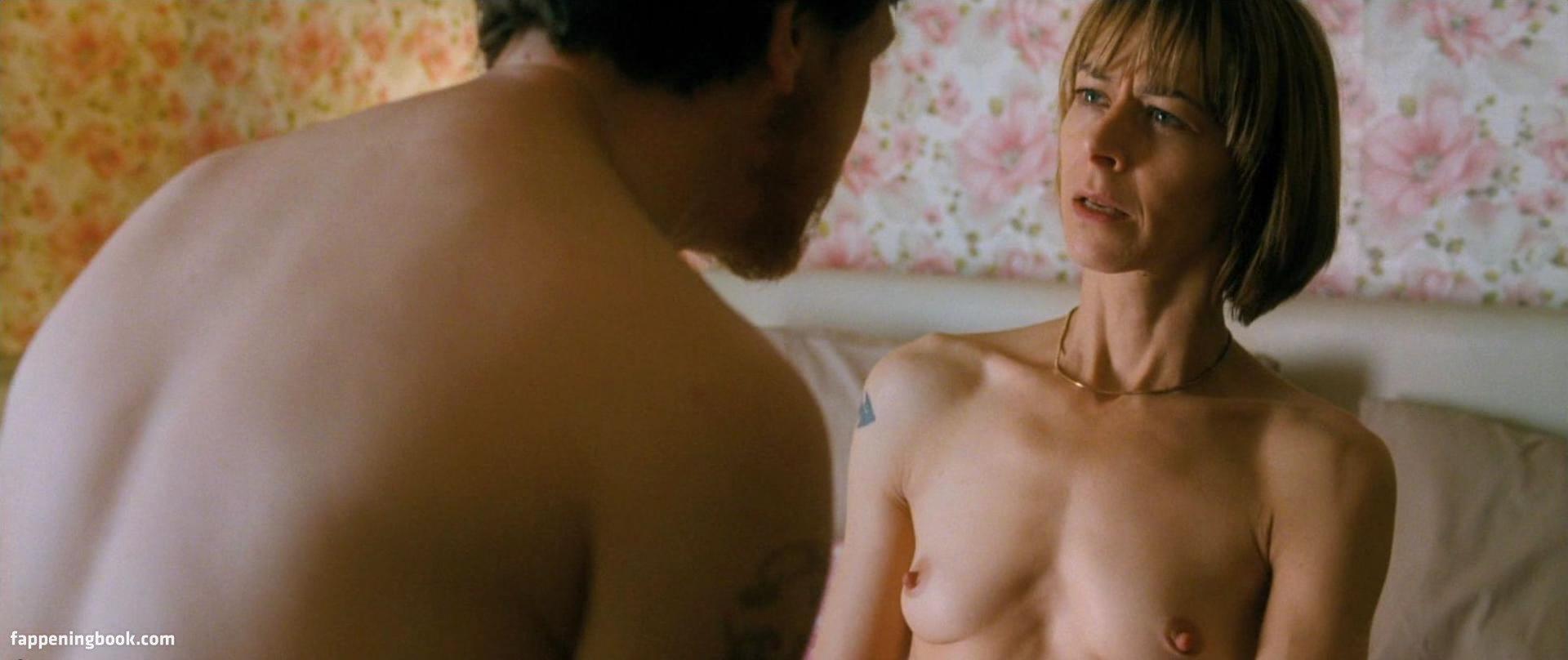 Darlene Vogel  nackt