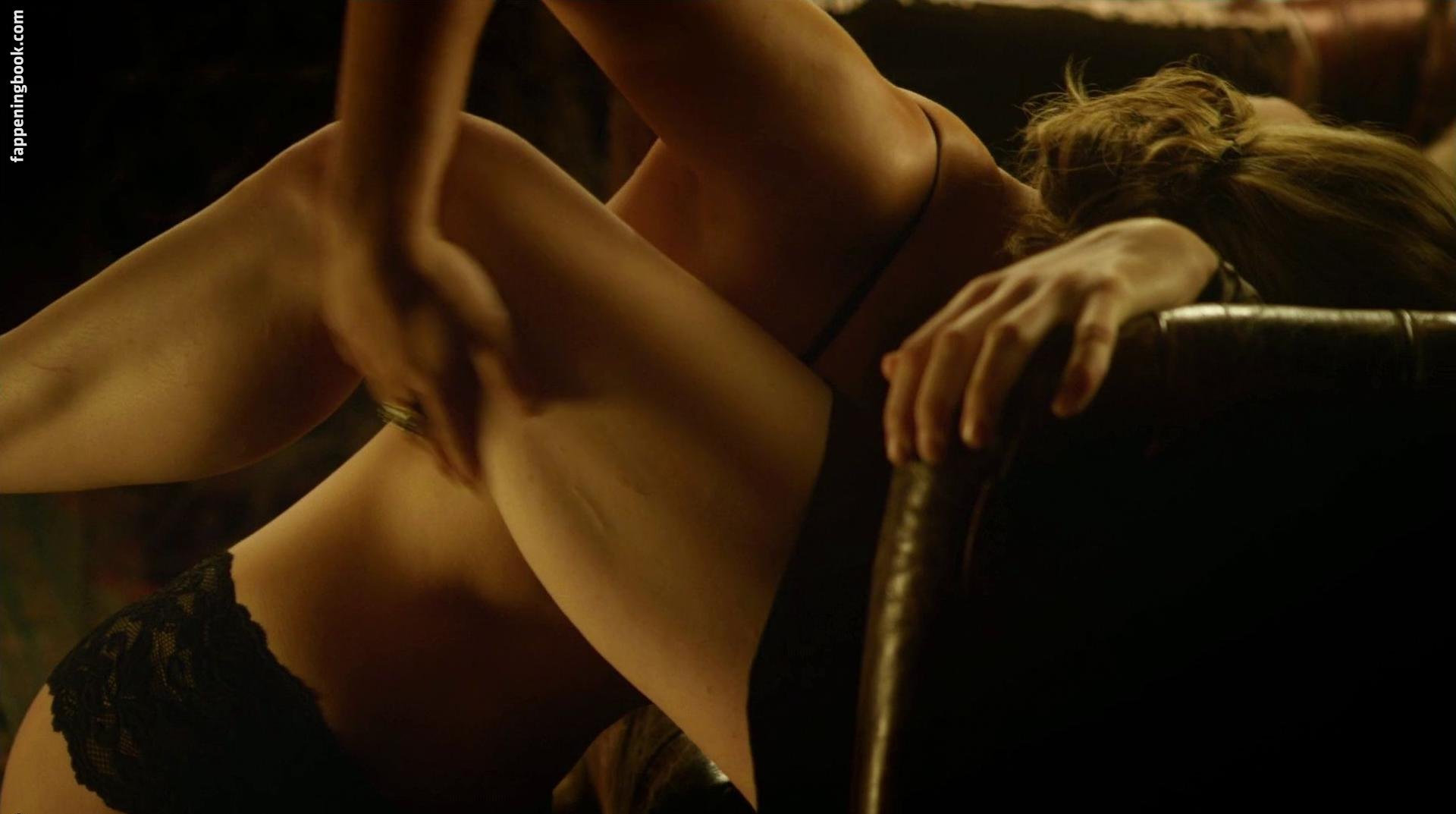 Zodwa wabantu nudes pussy ass