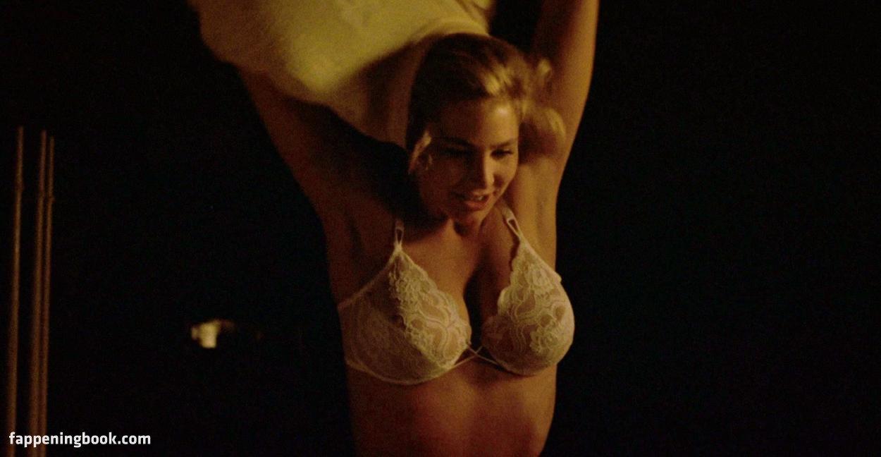 Amy wong sexy nude