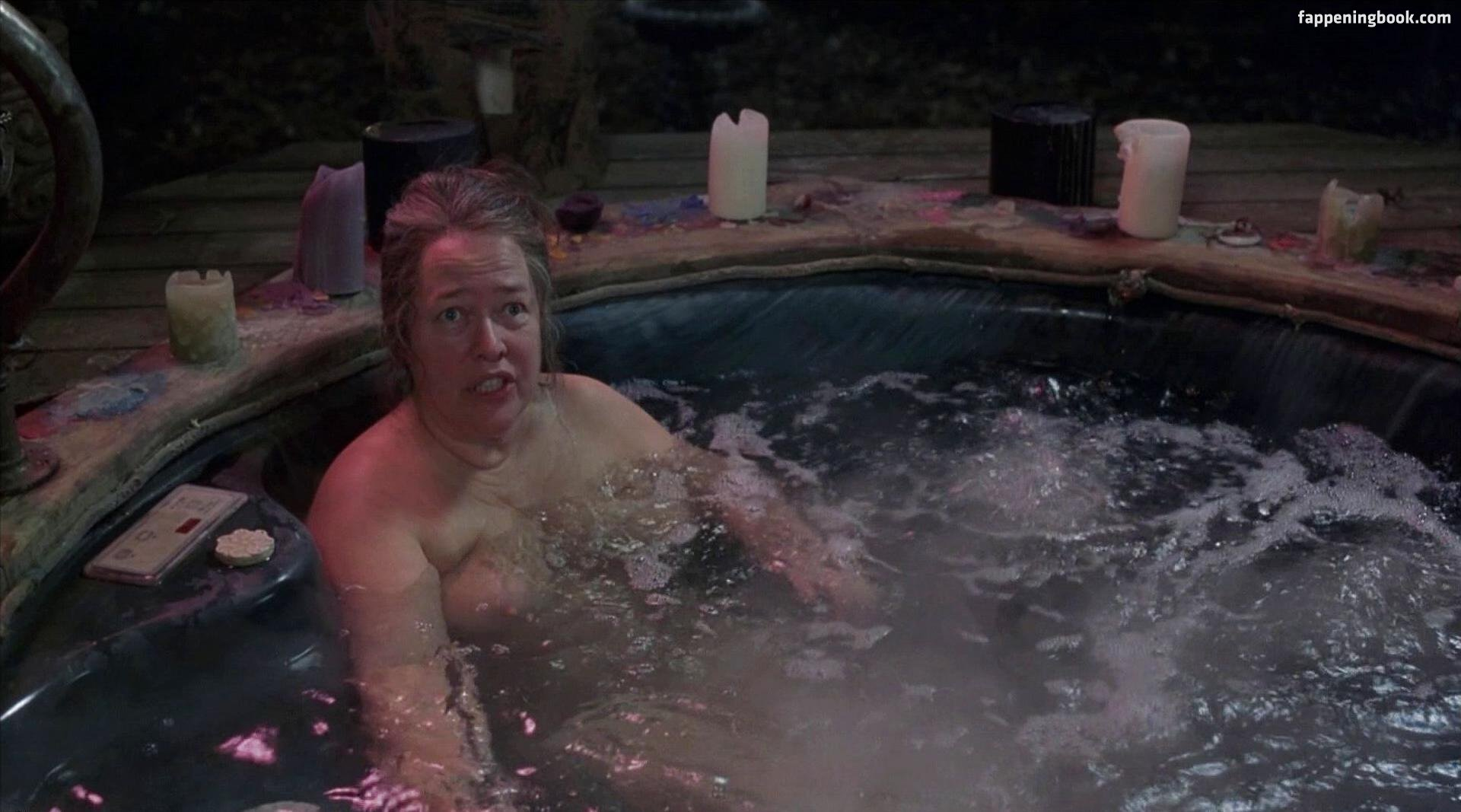 Naked Kathy Bates In About Schmidt Ancensored