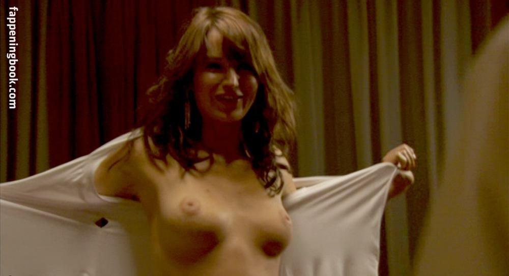 Nackt Katie Wall  Katie Wall,