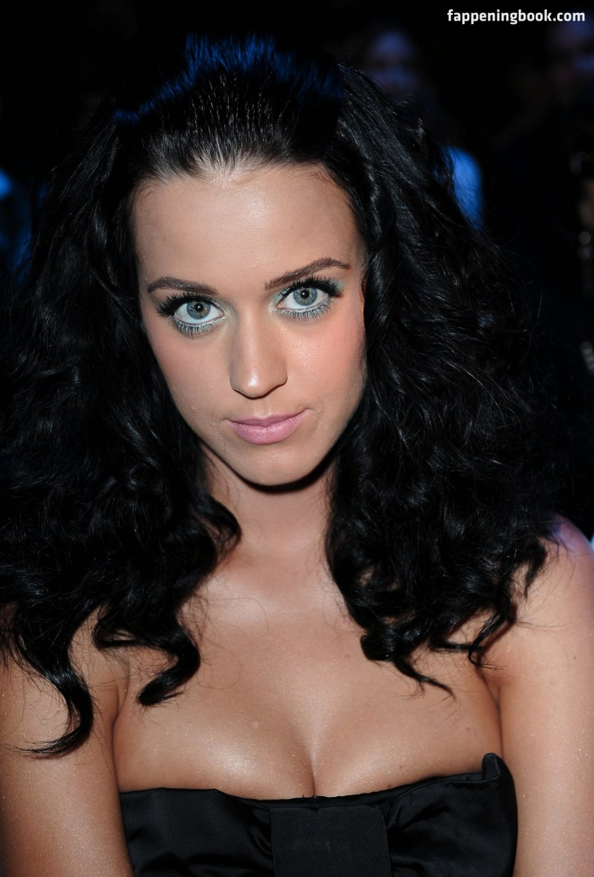 Katy Perry Nude, Sexy, The Fappening, Uncensored - Photo -3836