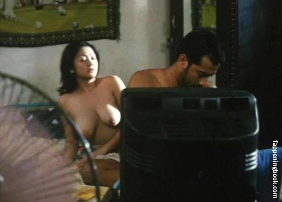 Latina booty milf cum