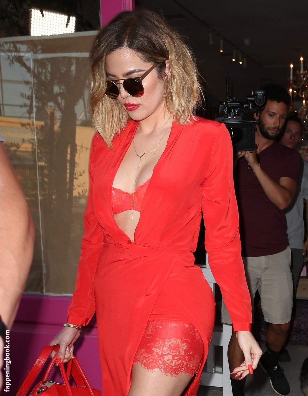 Khloe Kardashian Nude The Fappening - Page 3 - FappeningGram