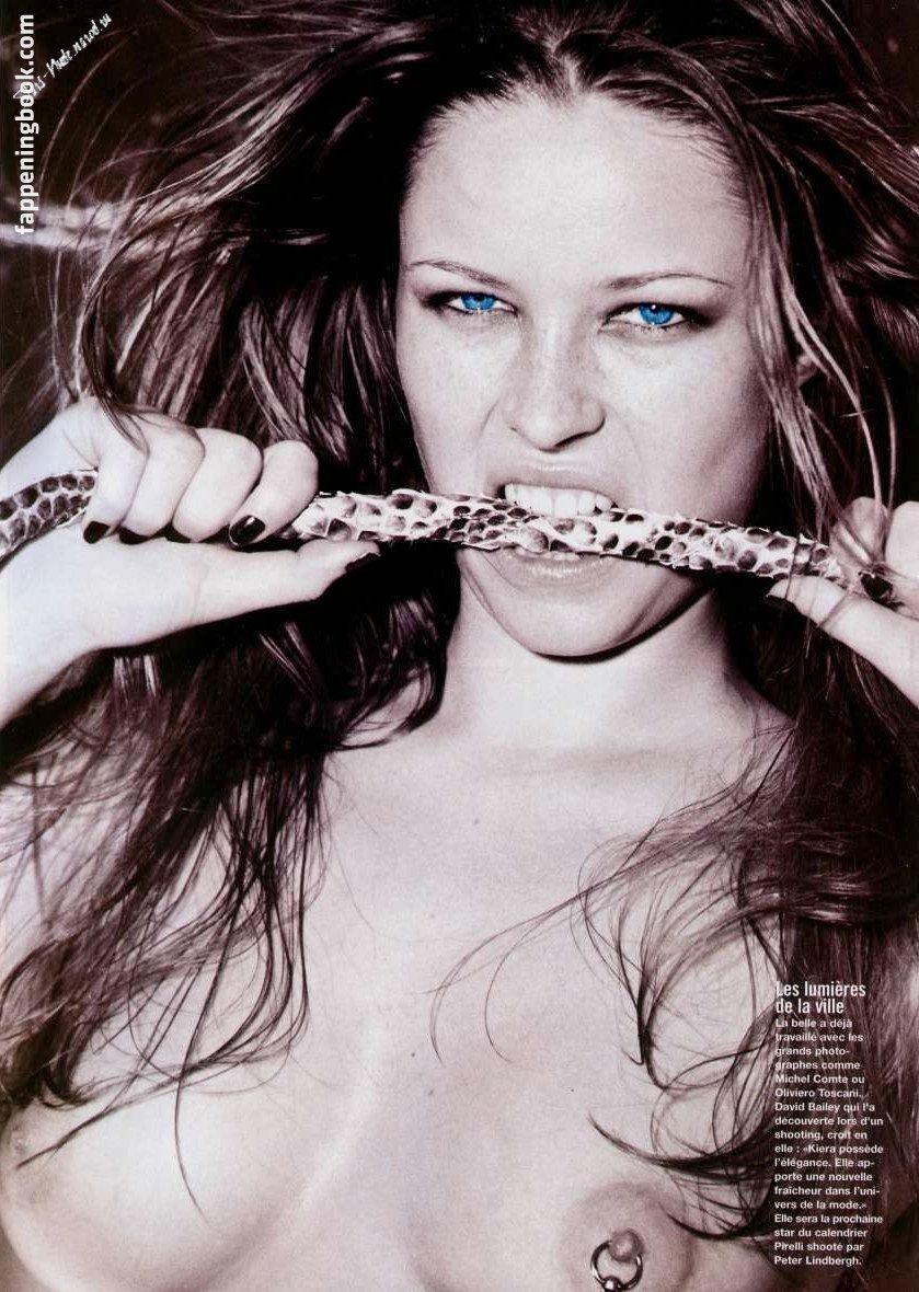 Letitia nackt Farrell Beautiful Star