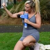 Kimberly nackt Hart-Simpson Kimberly Hart