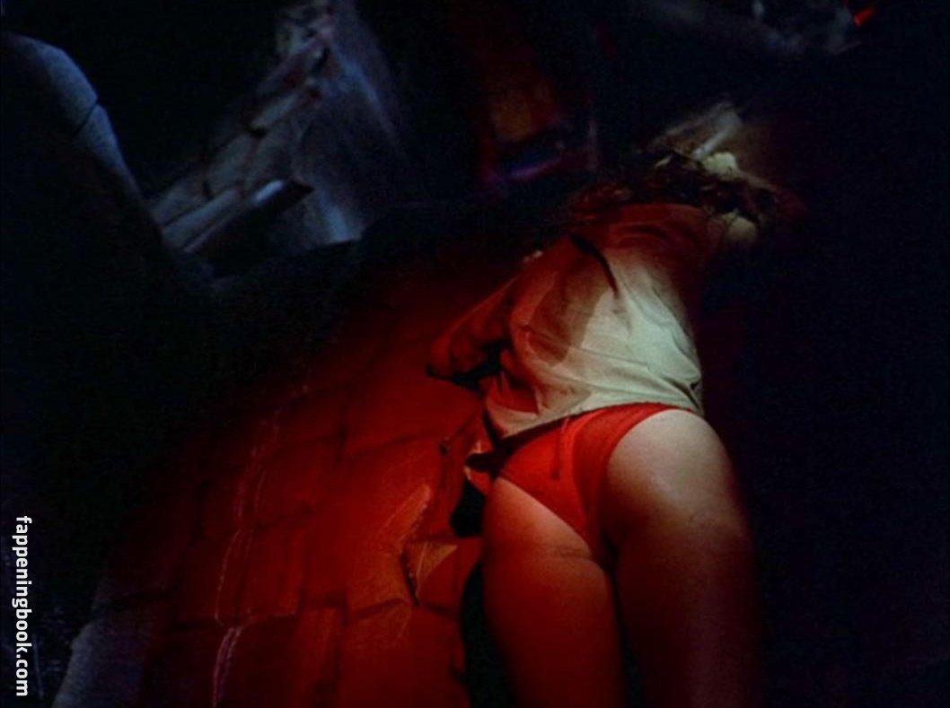 Claire Ganaye  nackt