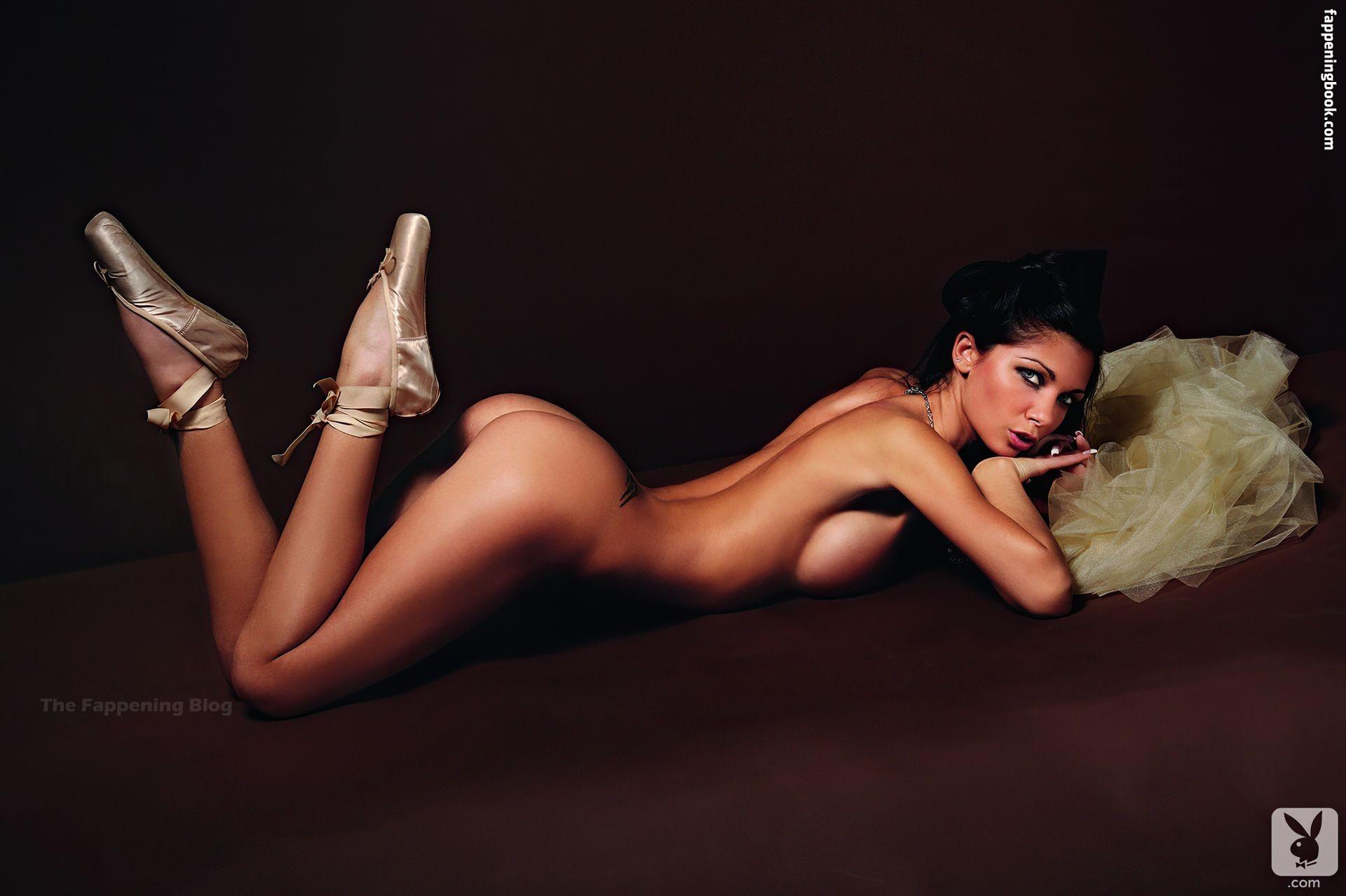 Nackt  Stephanie Borja Die Nachbarstochter