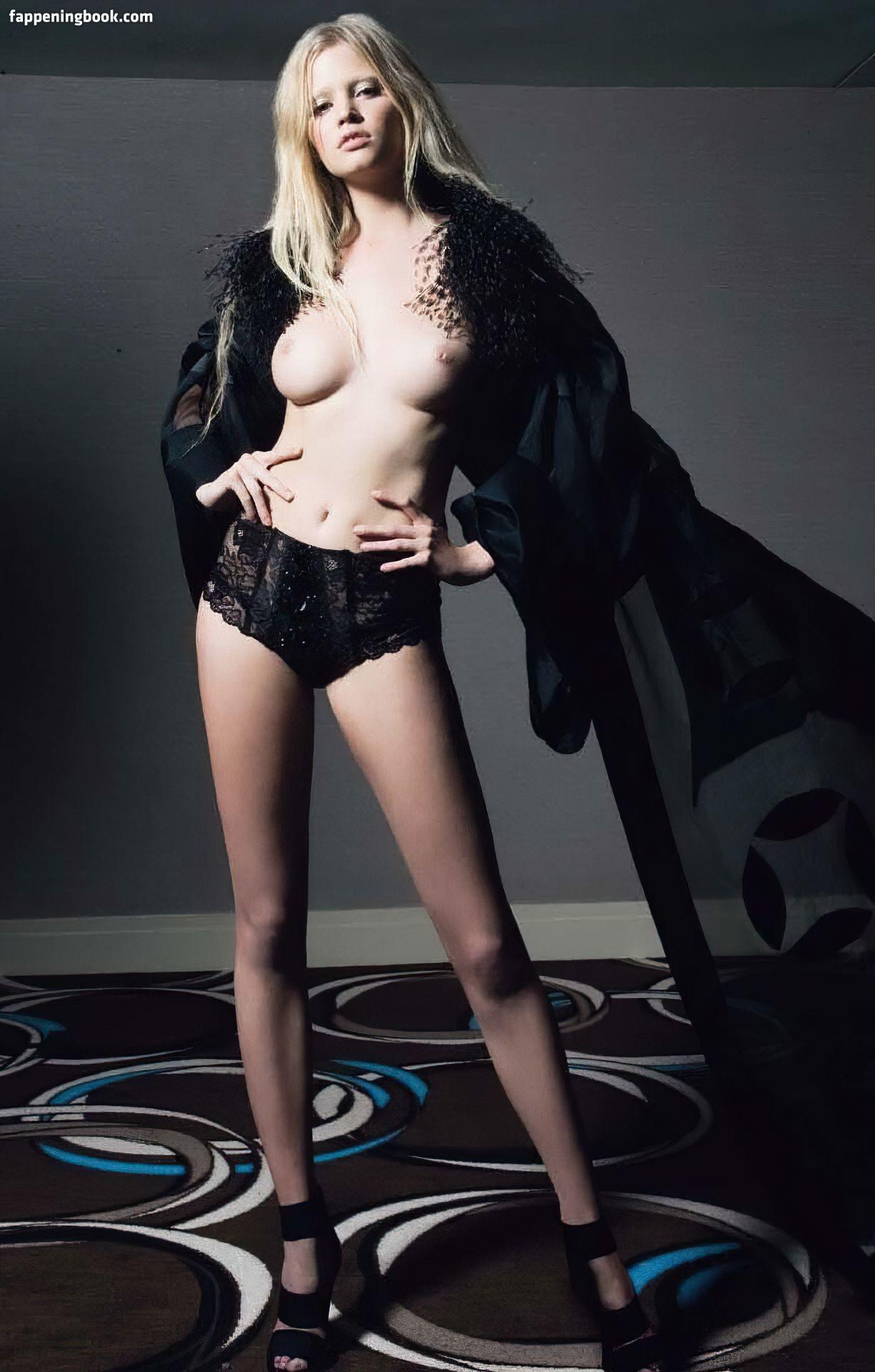 Millar  nackt Helen 9 Sexy