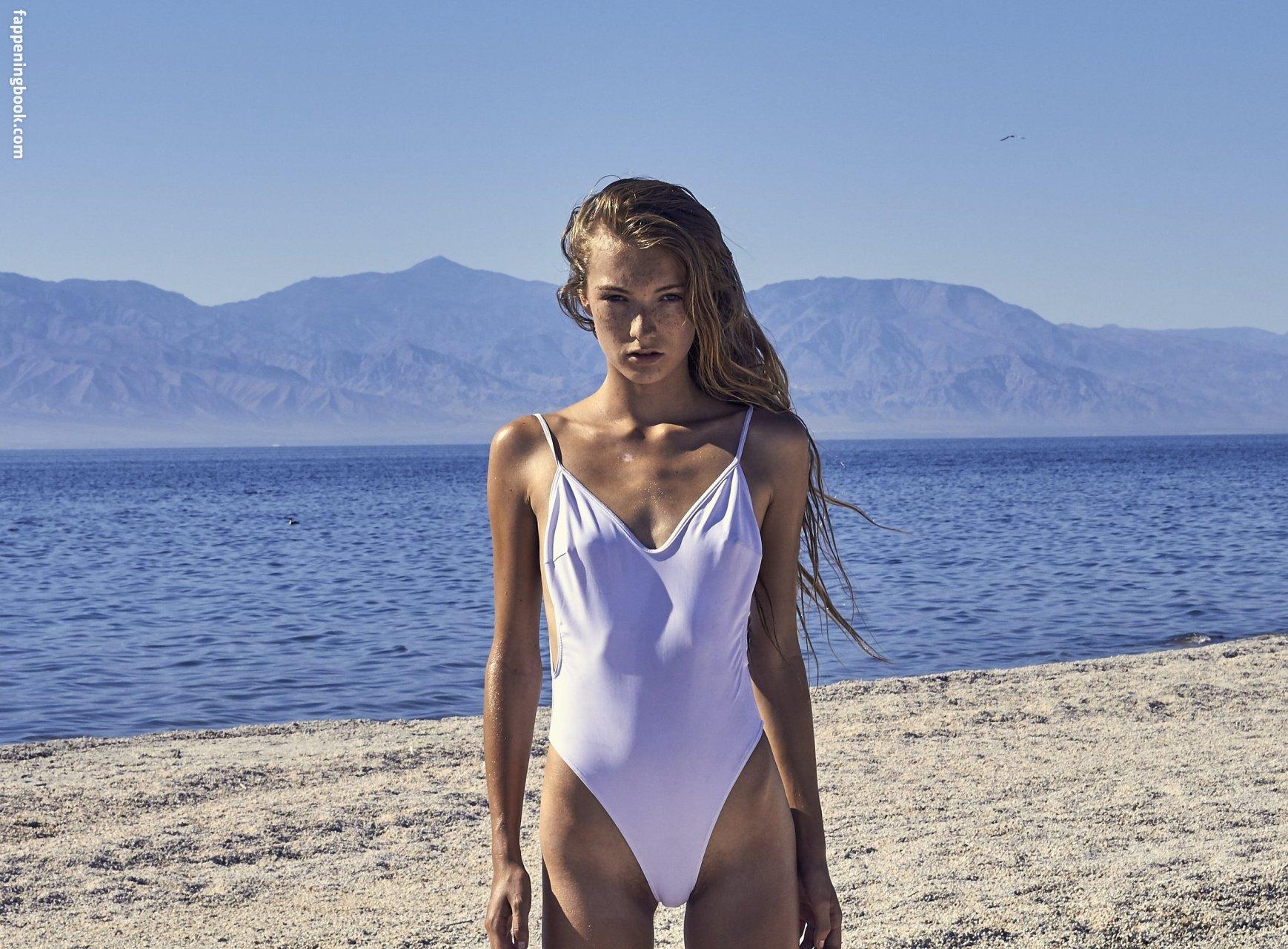 Lauren Hurlbut Nude