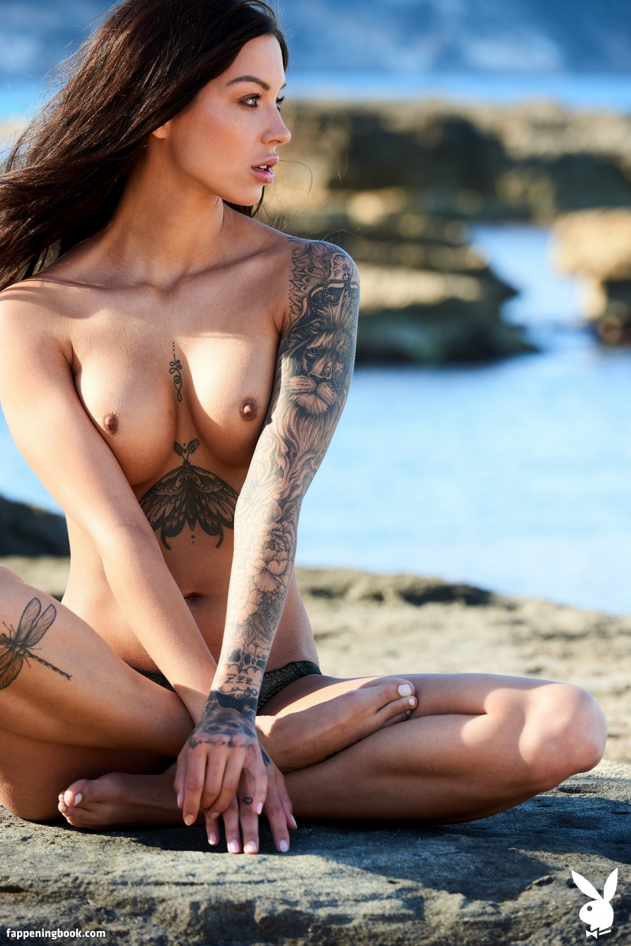 Nackt Amy Wehrell  Creep Van