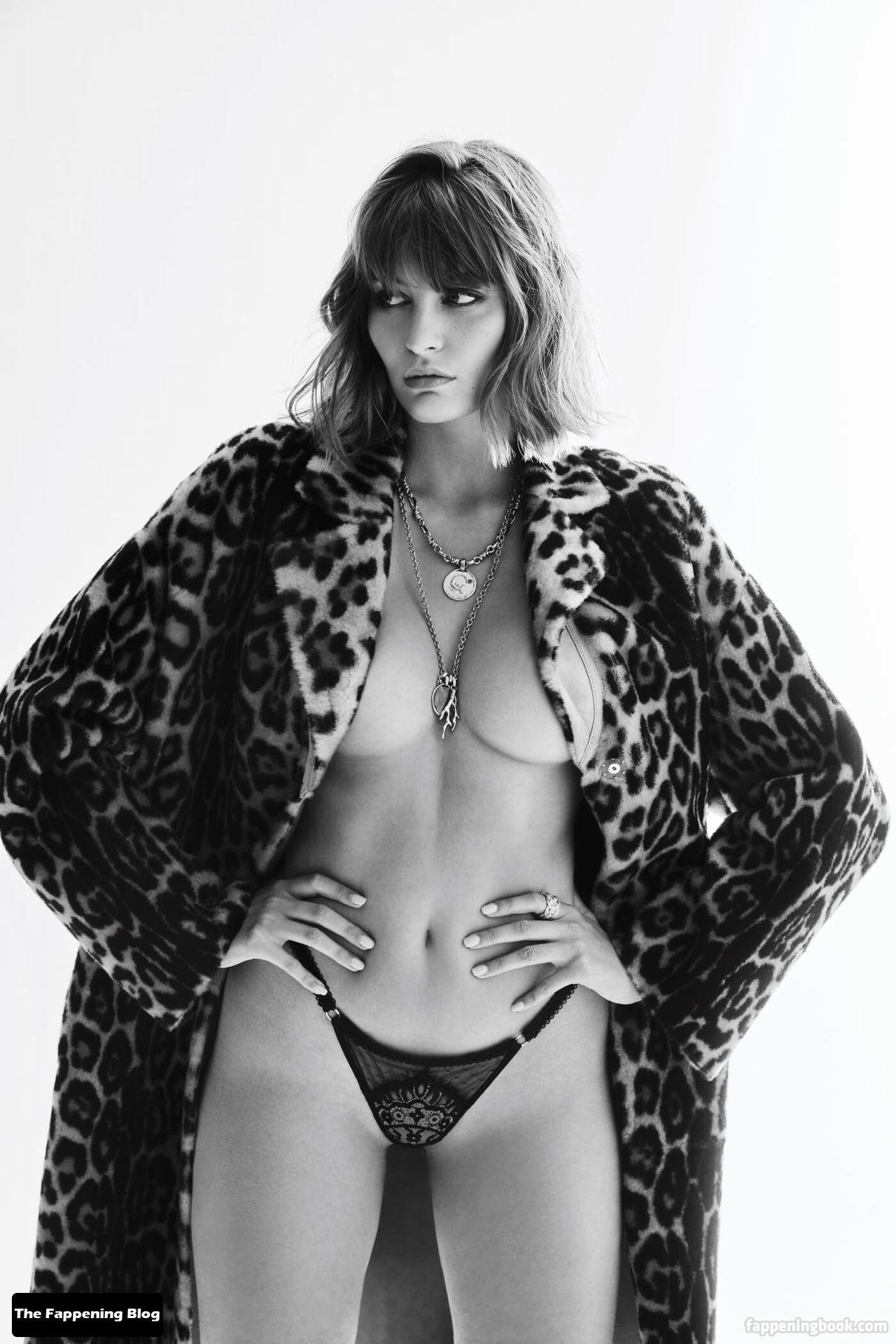 Lena Simonne Nude