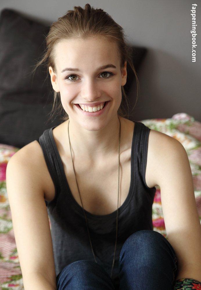 Nackt  Sabrina Sancler 41 Hottest