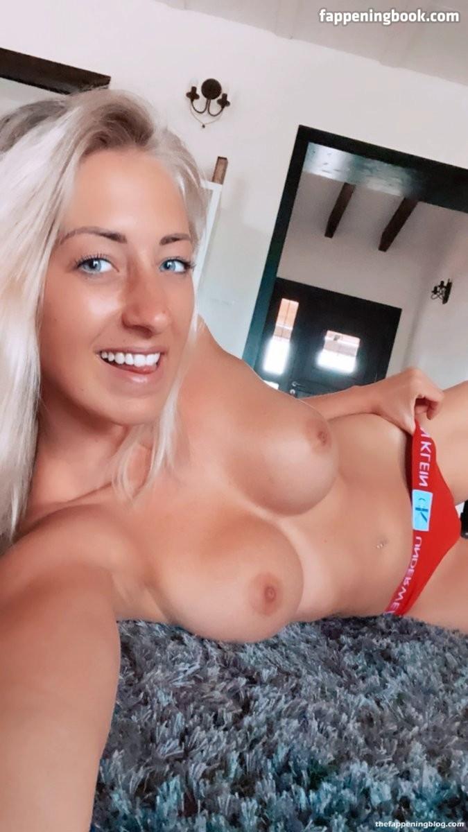 Leonie Pur