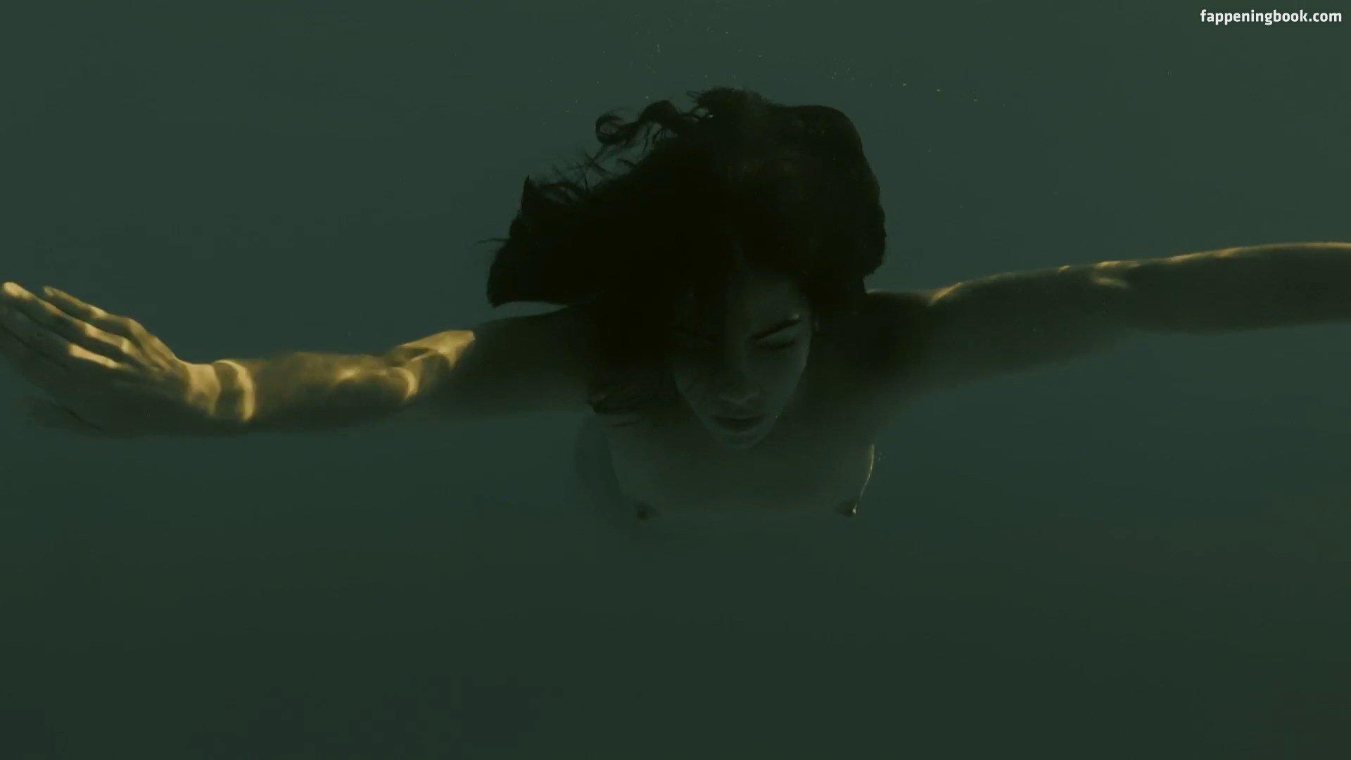 Leticia Leon Nude
