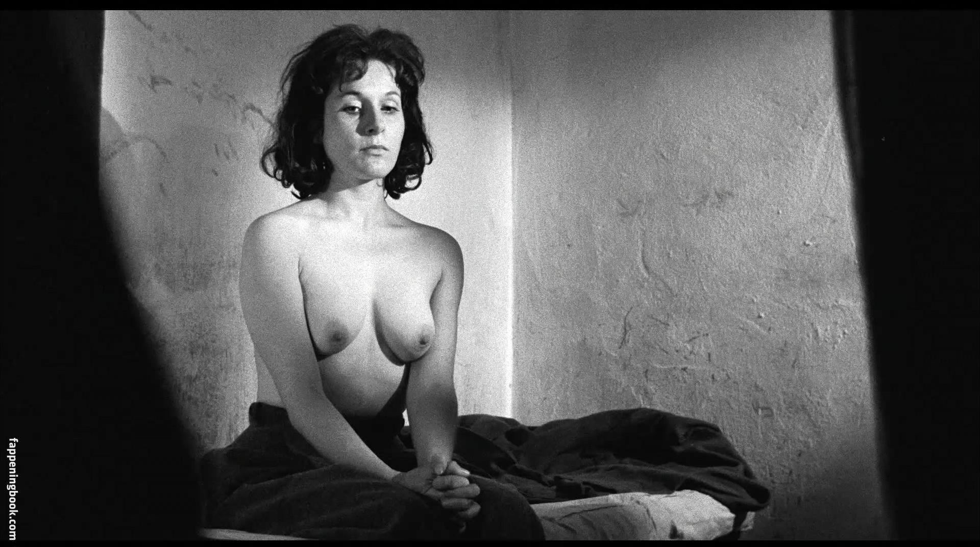 Audrey Pouffer  nackt