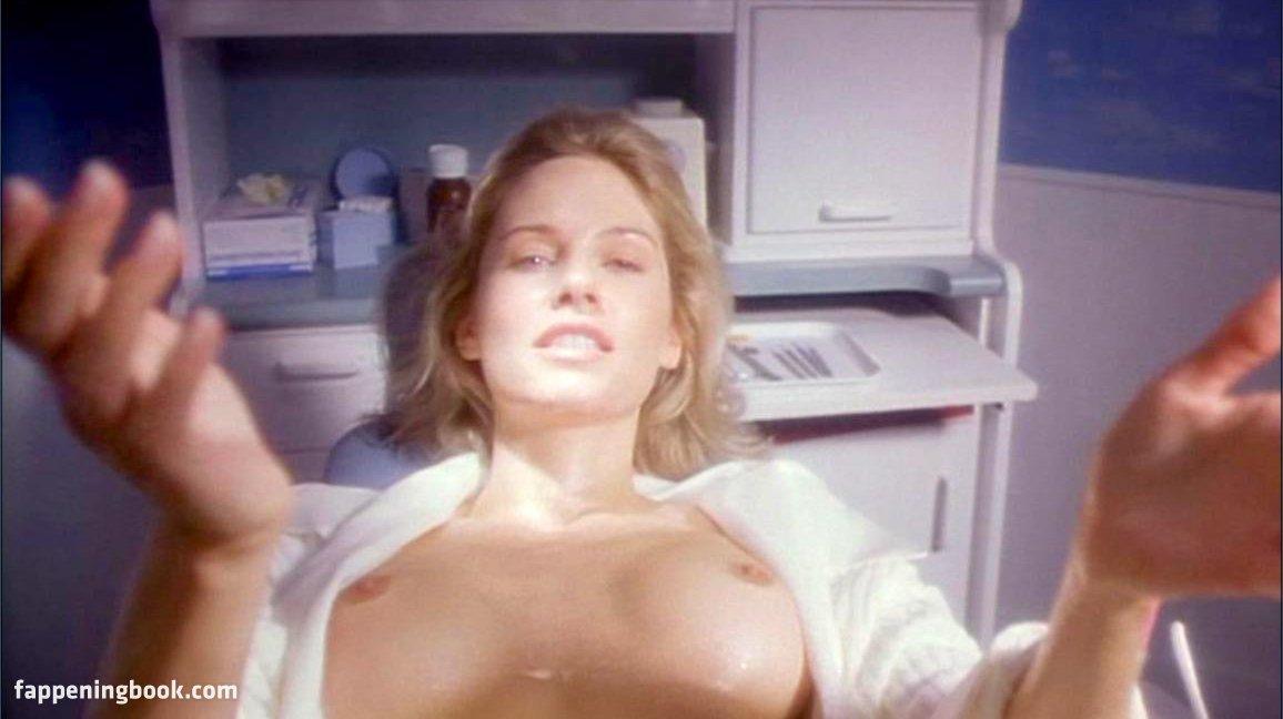 Estelle Galarme  nackt