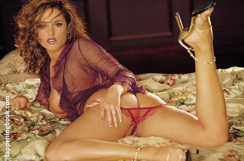 Vuolo  nackt Lindsey Nude Lindsey
