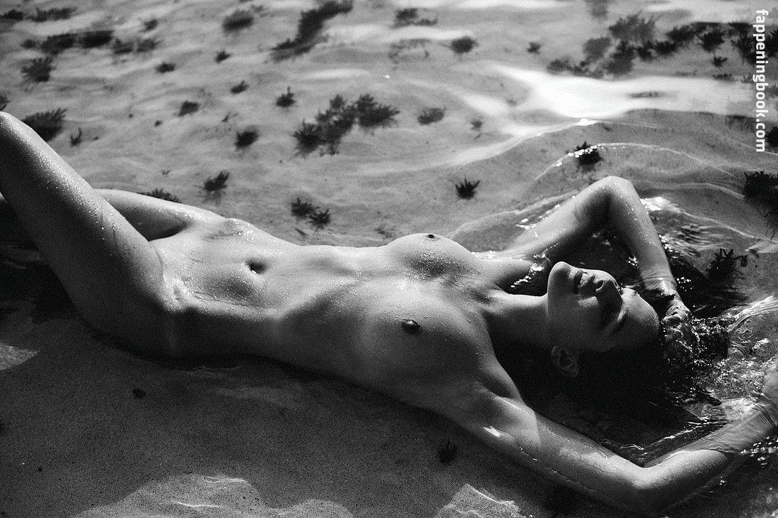 Lisa Marie Bosbach  nackt