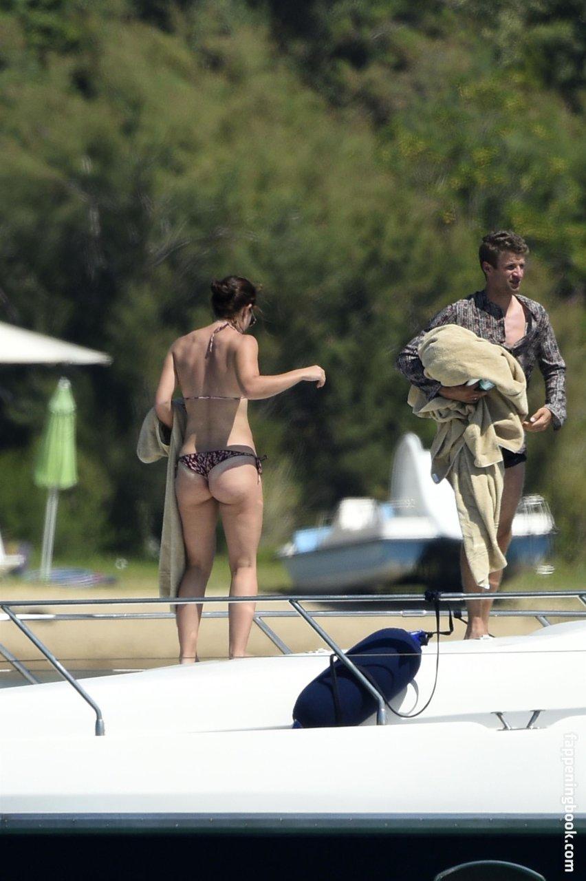 Raphaëlle Lubansu  nackt