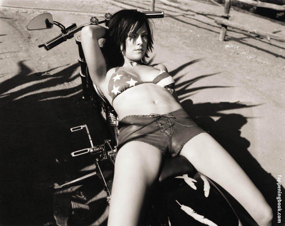 Liz vassey naked