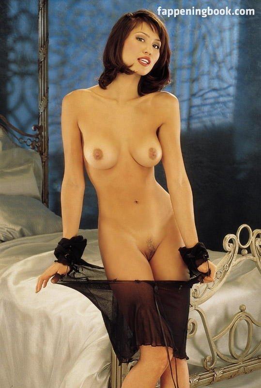 Caroline Langrishe  nackt