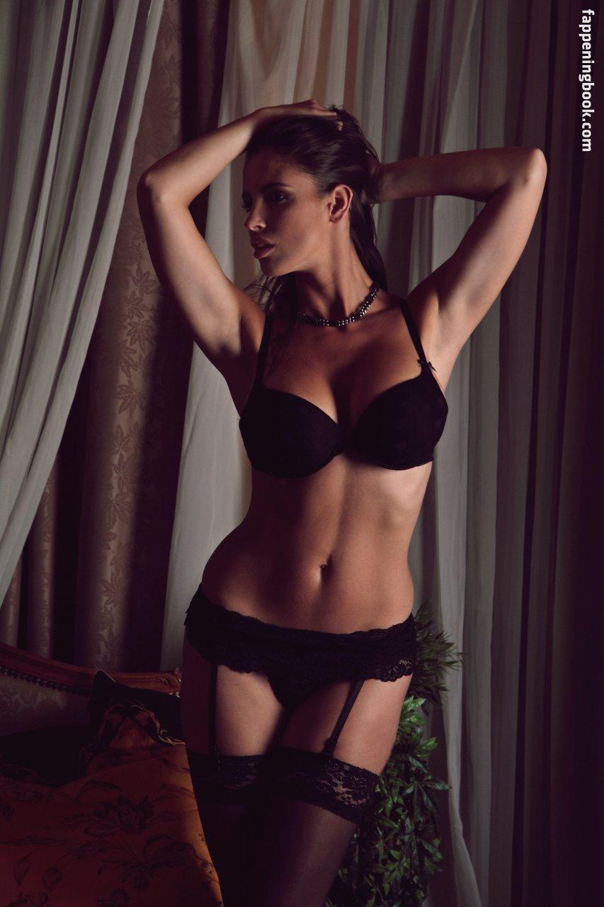 Lucia Javorcekova Nude, Sexy, The Fappening, Uncensored