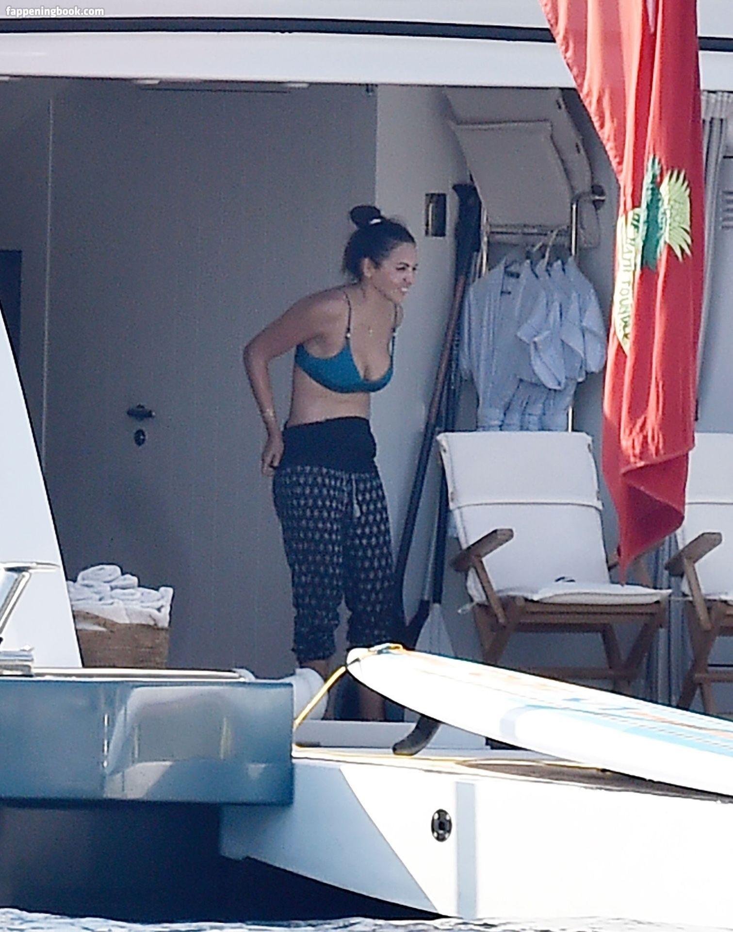 Luciana Barroso  nackt
