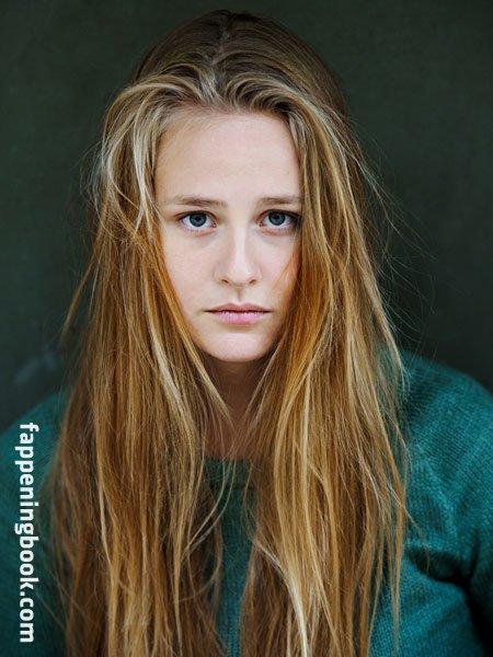 Lucie Hollmann Nude   The Girl Girl