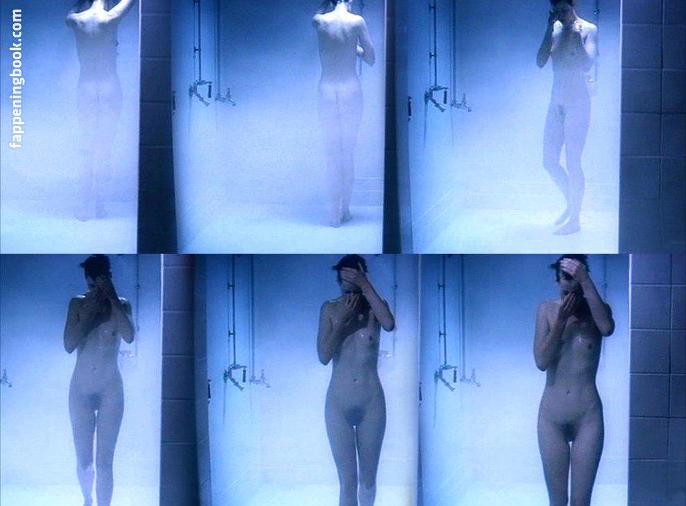 Georgina Moffat  nackt
