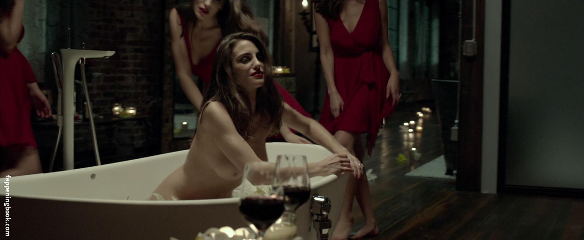Moraes nude luisa Luisa Moraes