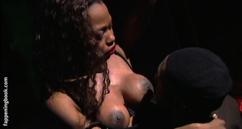 Wetzel Kristina  nackt Marie Discover Kristina