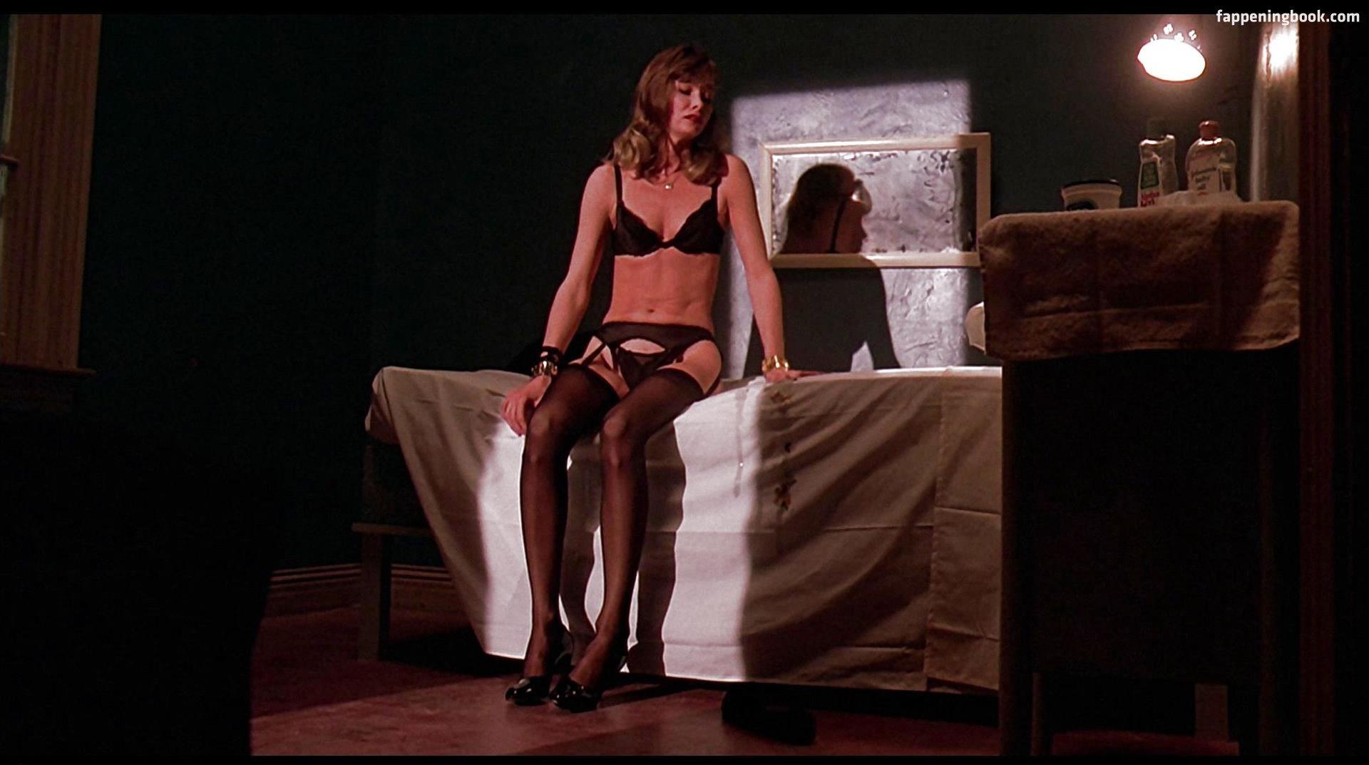 Sexy Jennifer Lowery Nude Photos Gif