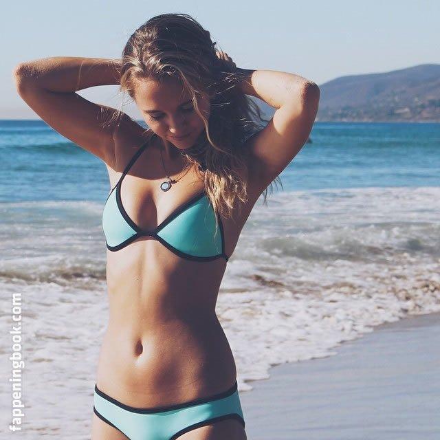 Madison Iseman Nude