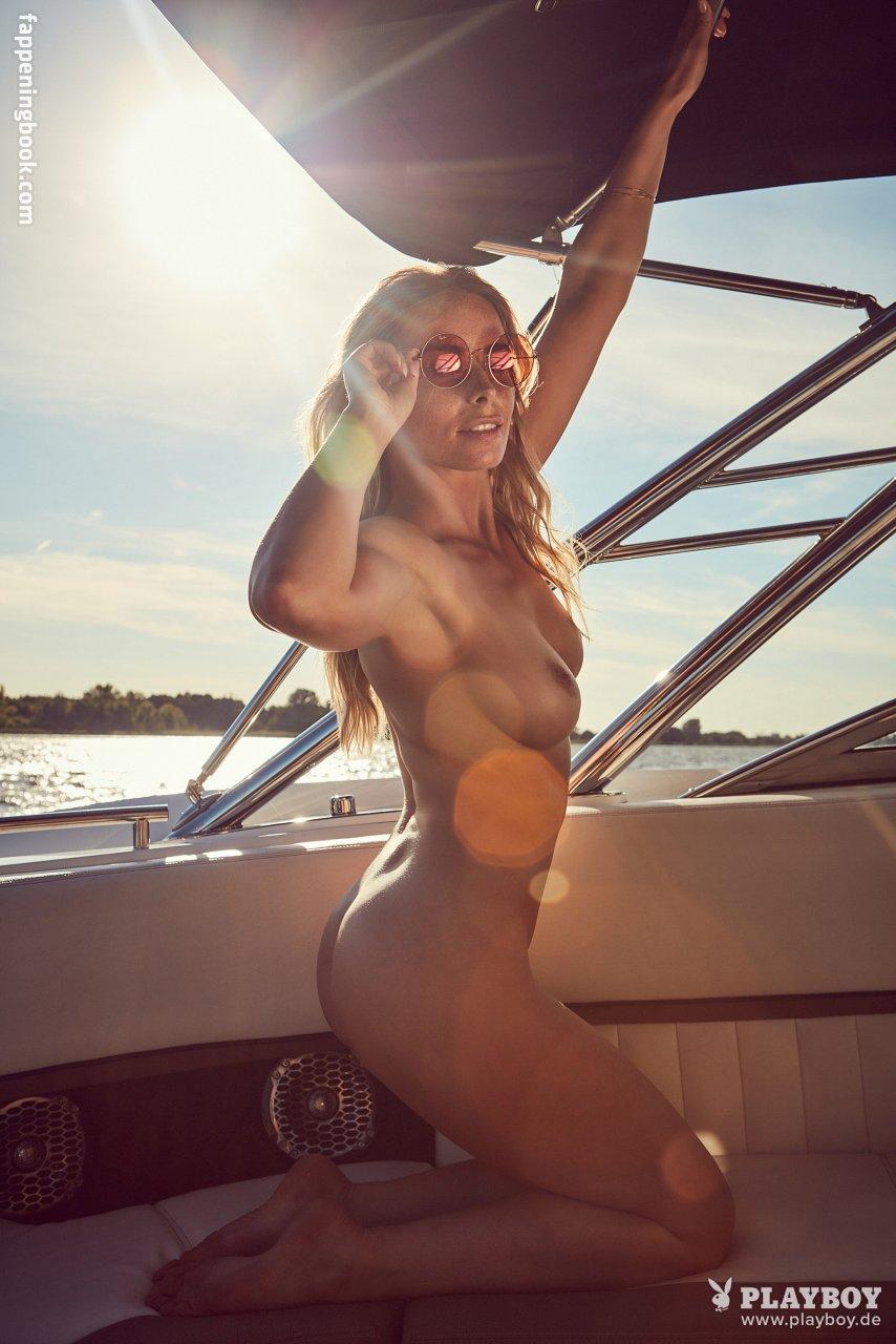 Nackt  Kaime Oteter 15 hot