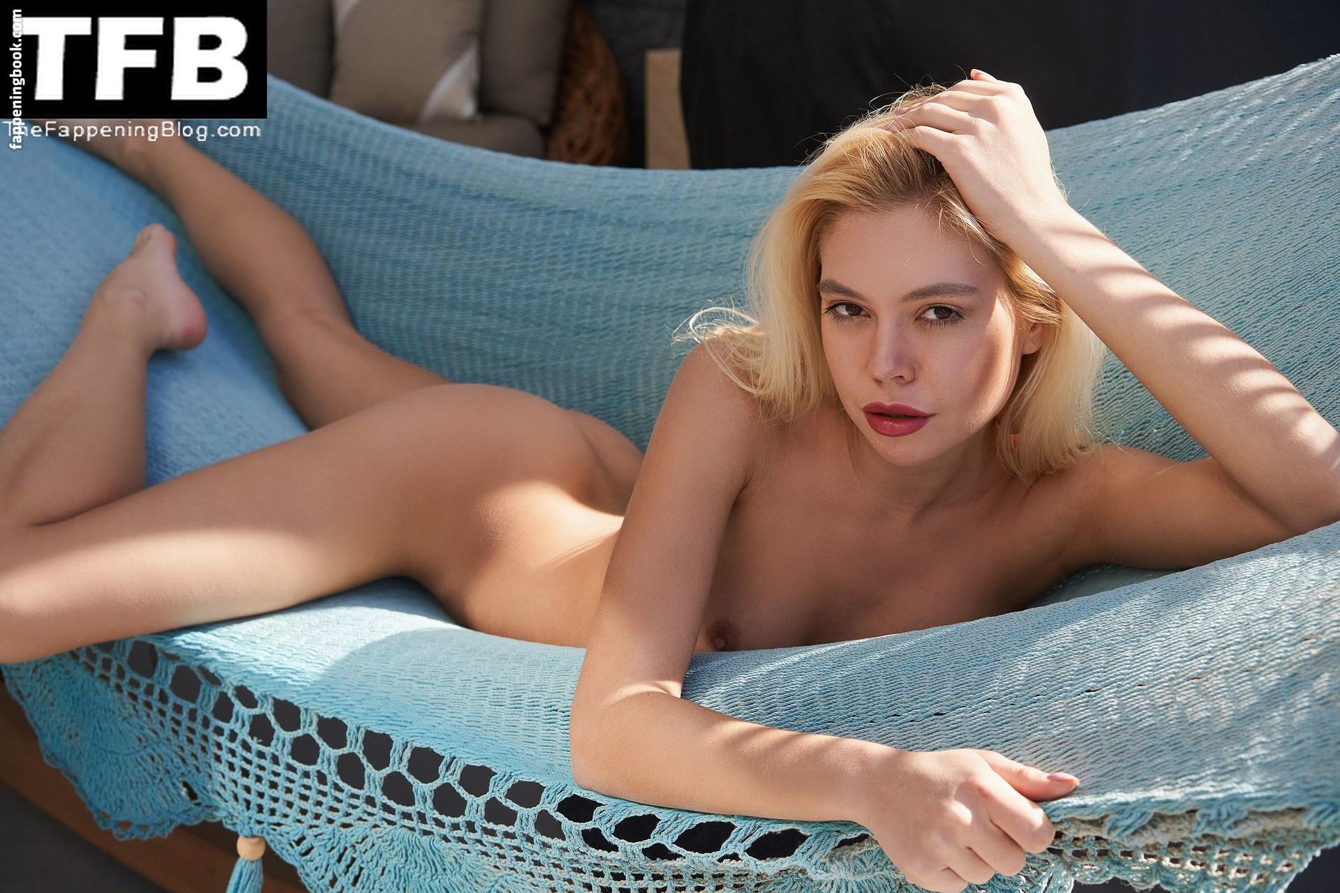 Margarita Gajewska Nude