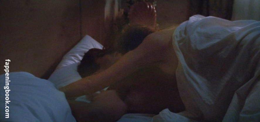 Nude marguerite moreau Marguerite Moreau