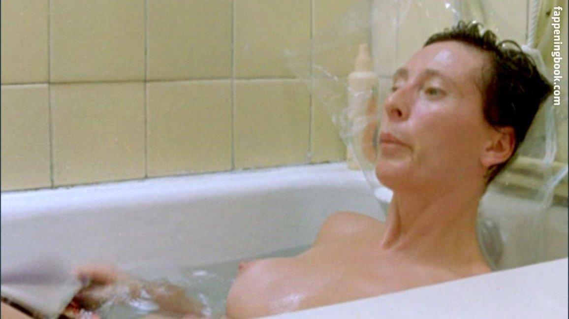 María Izquierdo Nude