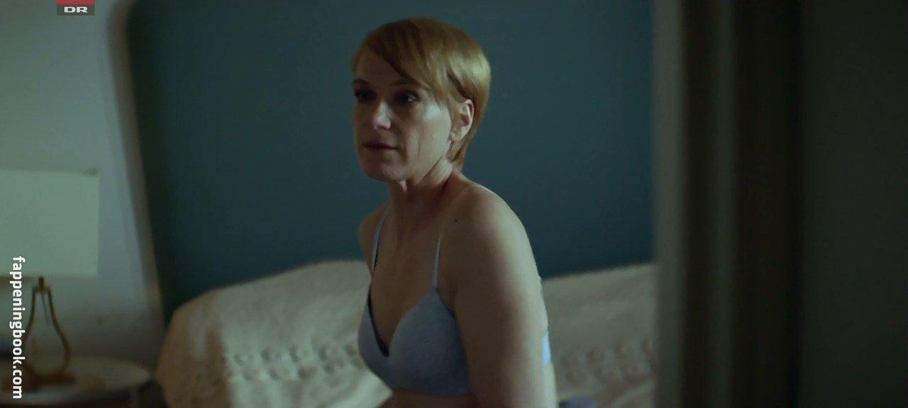 Nackt Brooke Tia Silcox  Film prize