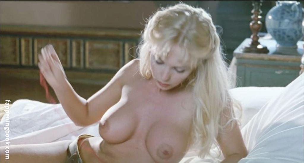 DAbbraccio  nackt Mariangela Mariangela D'Abbraccio