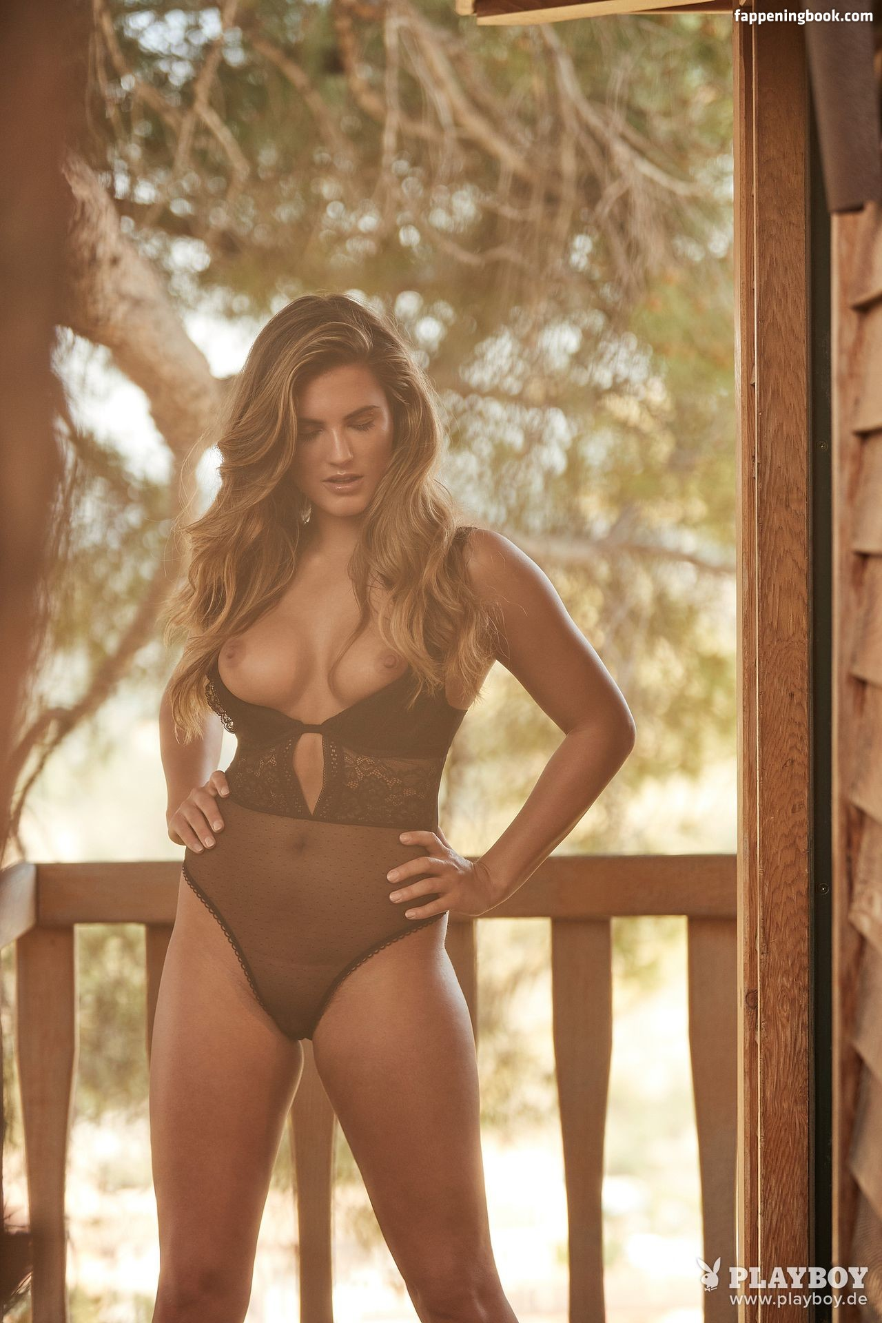 Nackt Hannah Jessberger  Hannah Palmer