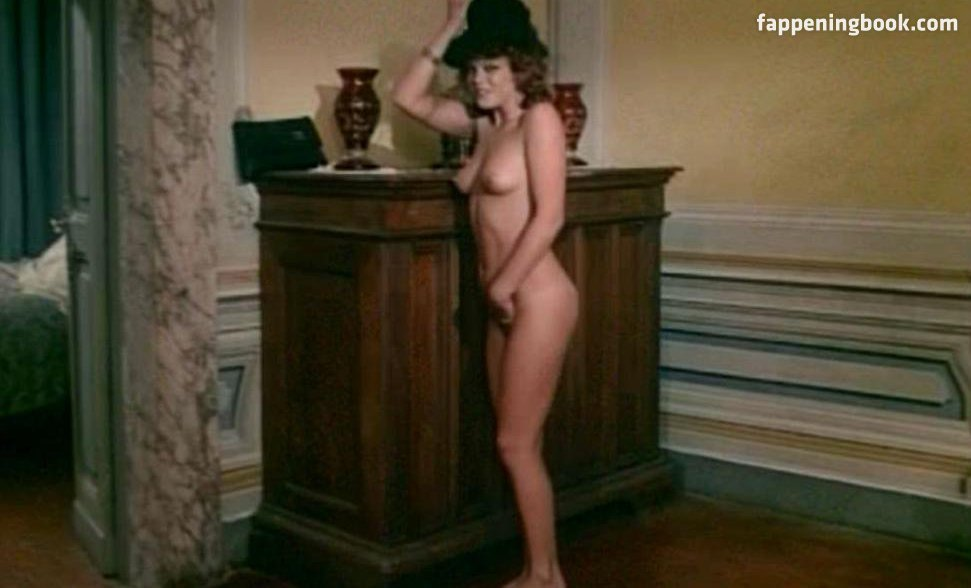Nackt  Carolina Solano Naked in