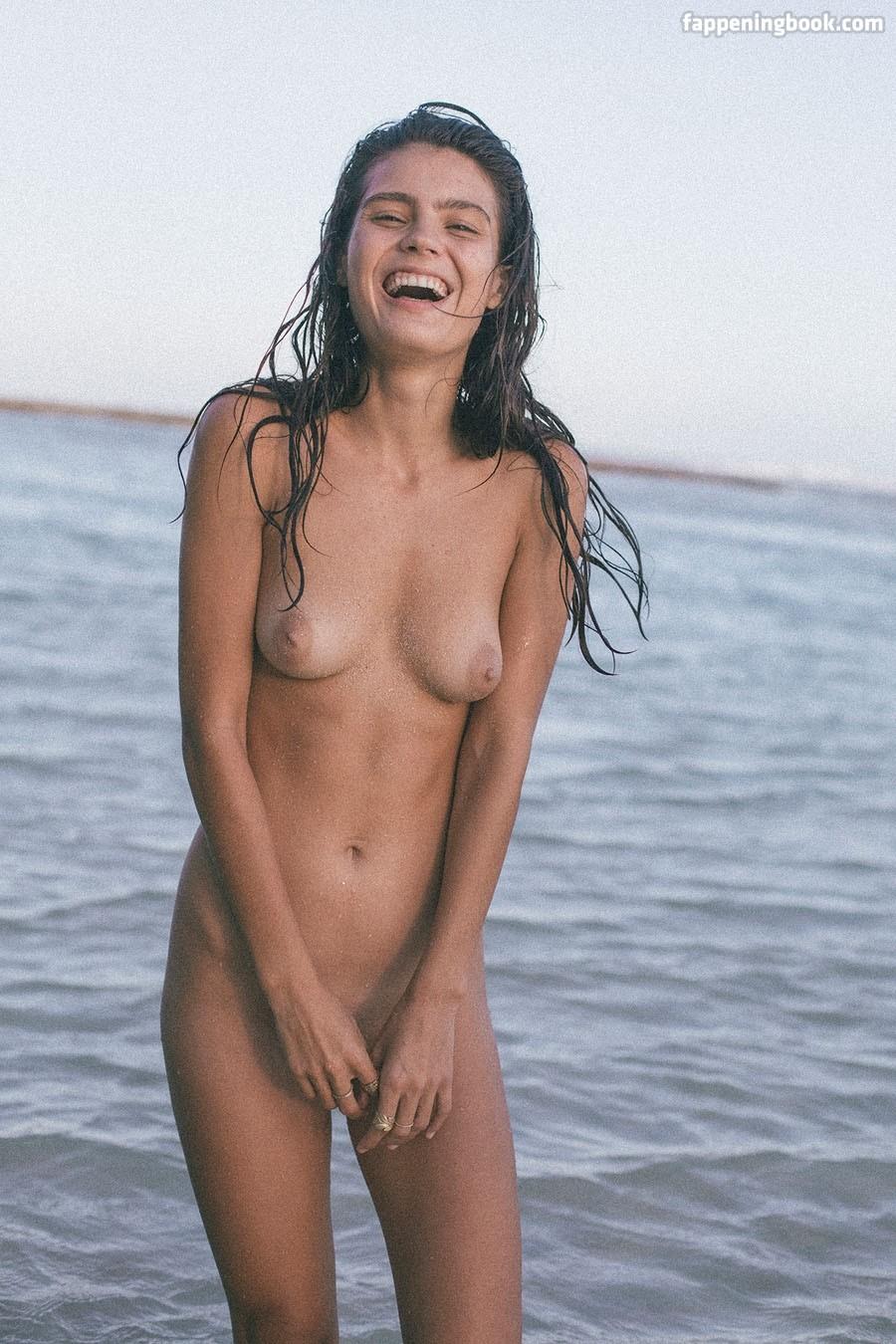 Patijn nackt Klarissa  Clarissa nude