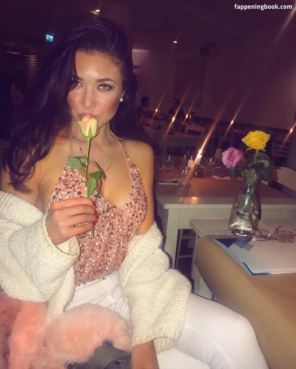 Mariya Lazareva Nude