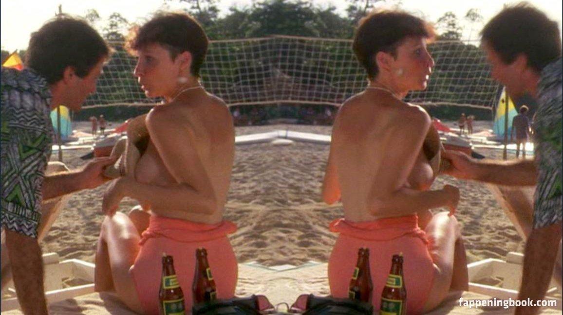 Mary Gross Nude