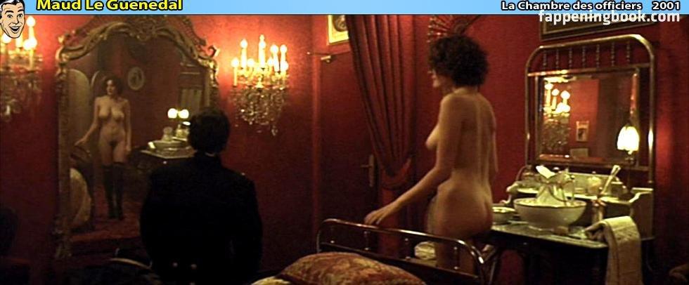 Maud Le Guenedal  nackt