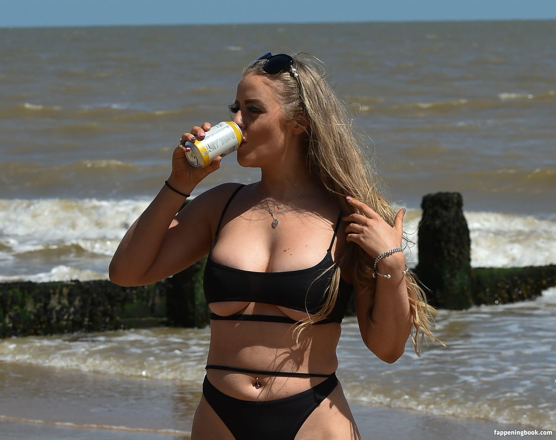 Megan Clark Nude