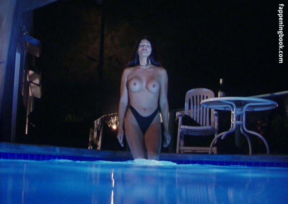 Amanda Geores  nackt